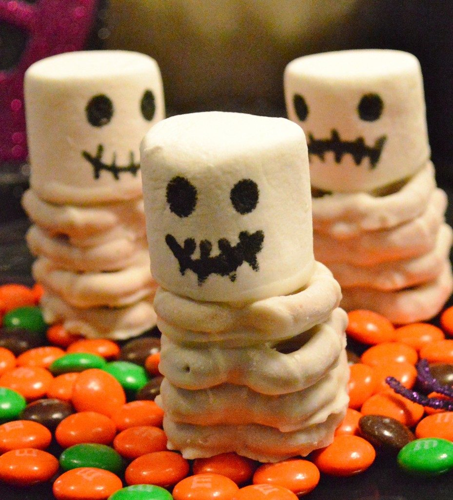 skeleton-halloween-treats