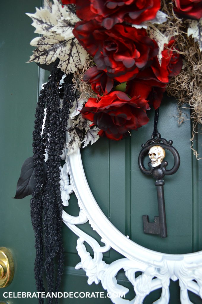unique-diy-halloween-wreath