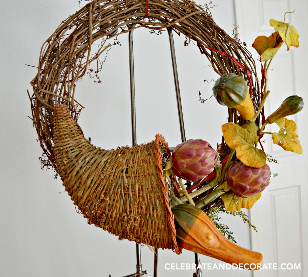 use-a-cornucopia-to-create-a-thanksgiving-wreath