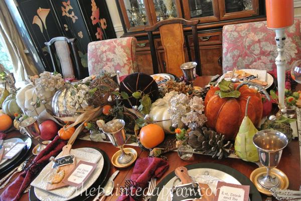 26 Unique Fall Tablescapes
