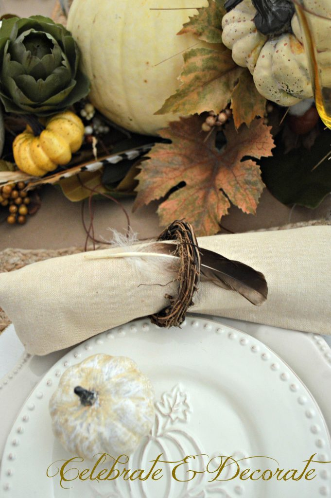 A Harvest themed Thanksgiving Tablescape