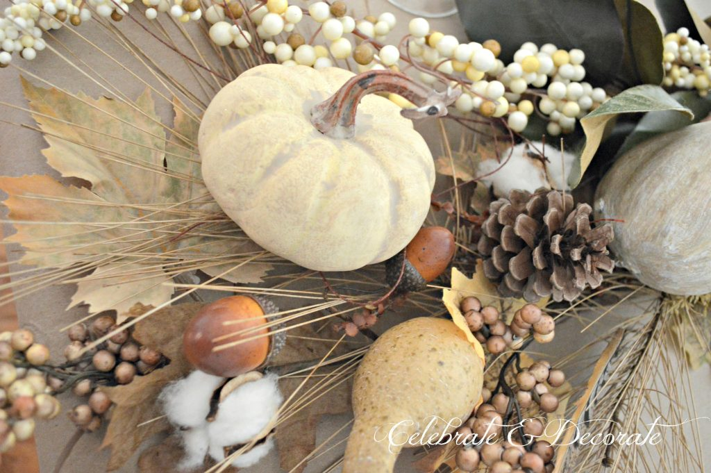 A Harvest themed Tablescape for Thanksgiving