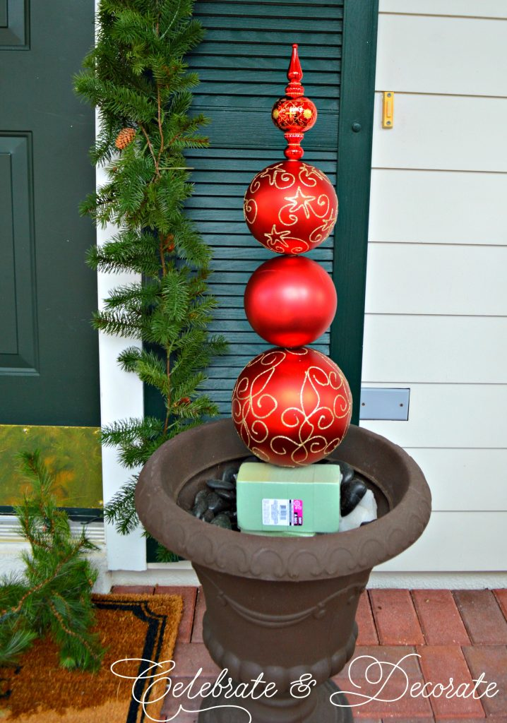 diy christmas ornament topiary - Topiary Christmas Decorations