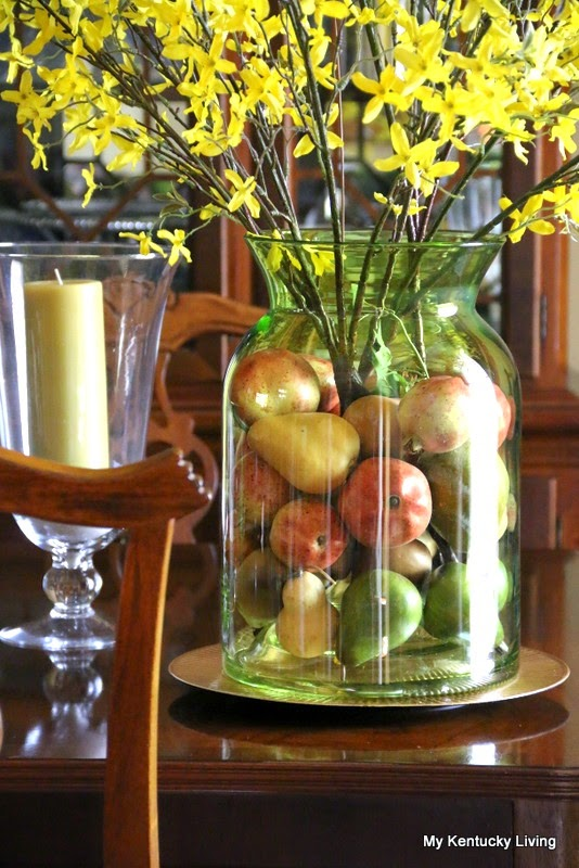 How to decorate with jars, jugs and bottles
