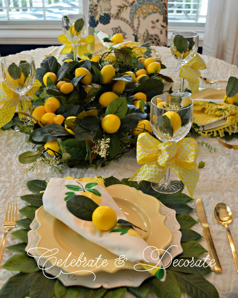 Pretty yellow tablesetting
