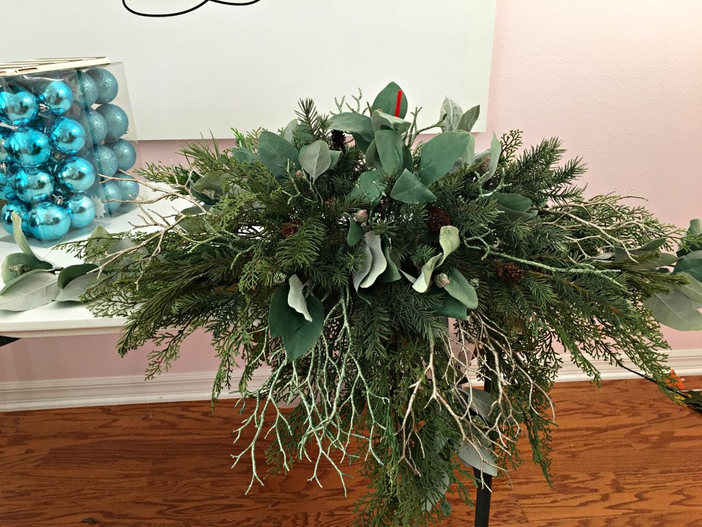 Make a coastal Christmas arrangement for your mantel!