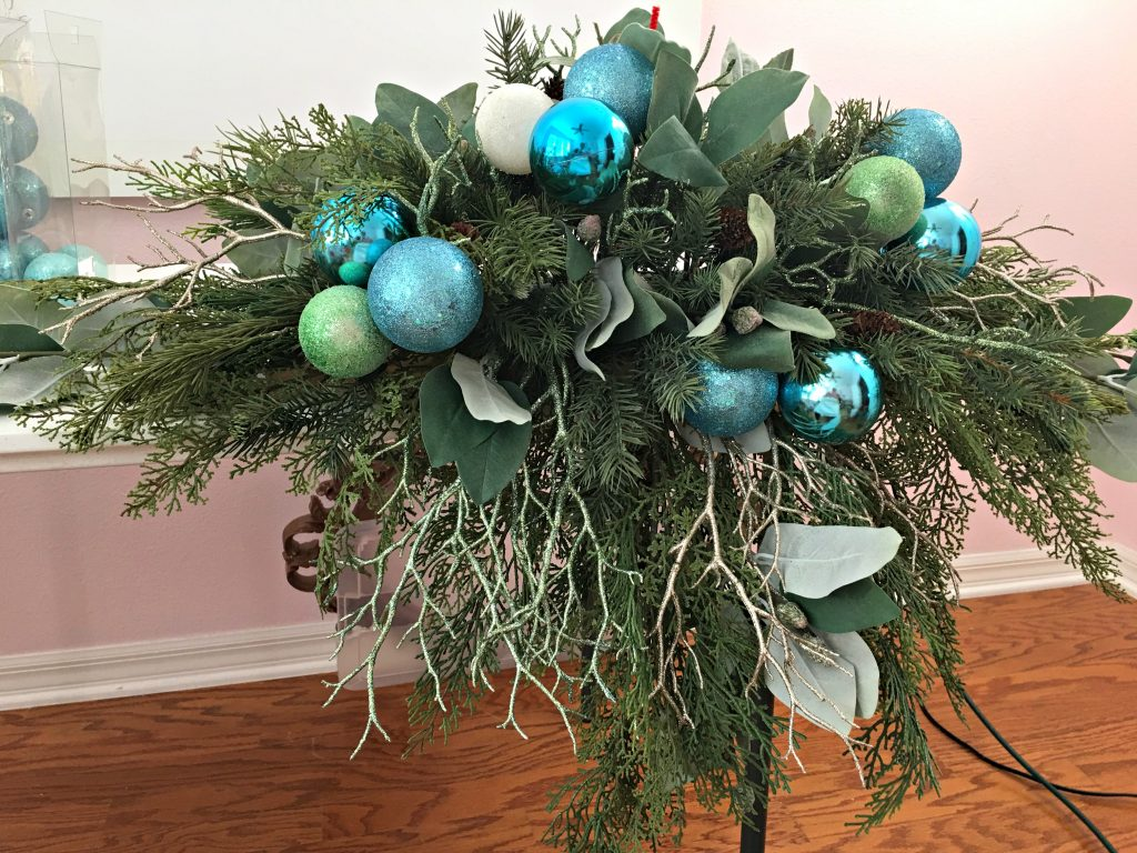 Holiday mantel arrangement tutorial