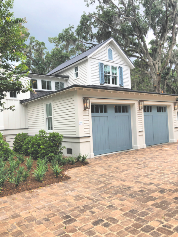Blue Garage doors on a classic southern home