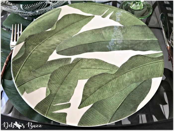 Dinner plate with palm or banana leaves